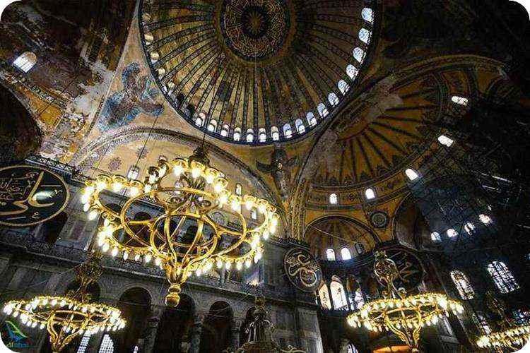 مسجد ایاصوفیه کجاست