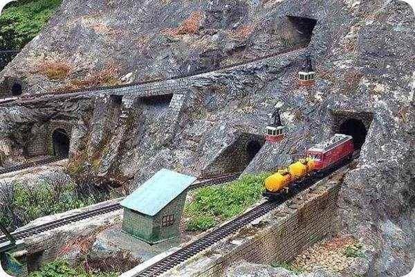 ساخت راه آهن در ژاپن