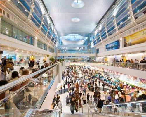 امکانات فرودگاه دبی