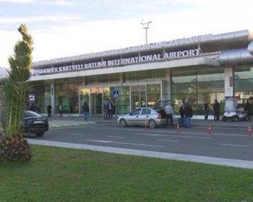 آشنایی با فرودگاه باتومی