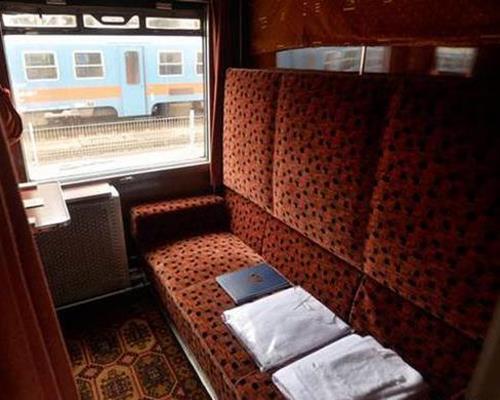 سفر با قطار 6 تخته لوکس