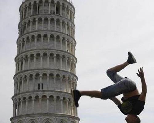 عکاسی با برج پیزا