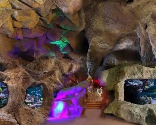غار آکواریوم گنجنامه همدان